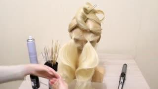آموزش مدل مو دخترانه نوار فرفری- مومیس مشاور و مرجع تخصصی مو