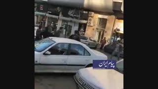 فیلمی وحشتناک از درگیری با قمه وسط خیابان