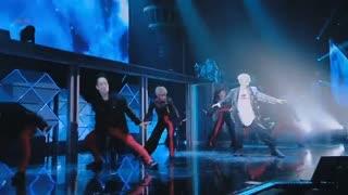 اجرای زنده Ringa Ringa Ring بکهیون در کنسرت Magical Circus چنبکشی