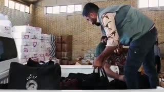 طبخ و توزیع روزانه ۱۵ هزار پرس غذای گرم در آشپزخانه آستان قدس بین سیلزدگان