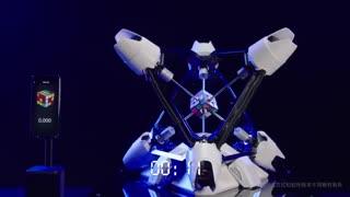 سرعت فوقالعاده شیائومی Mi 10  در حل مکعب روبیک