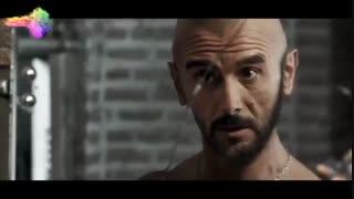 فیلم درخونگاه ، سکانس بازگشت رضا (امین حیایی) به خانه