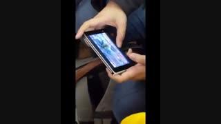درز ویدئویی از کار کردن با تبلت سرفیس Duo مایکروسافت
