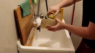 نحوه تمیز کردن منبع انبساط پلاستیکی مایع خنک کننده