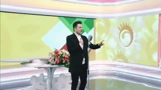 اجرای موزیک زنده پویا بیاتی بنام اسمم ایرانه