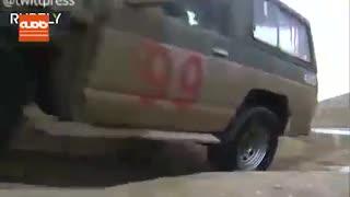 مهارت پسر 9 ساله ایرانی در رانندگی آفرود را ببینید
