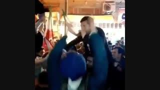 خوانندگی کاندید نماینده  مجلس در جمع مردم رشت