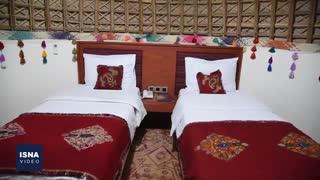 نخستین هتل کپری جهان در قلعهگنج کرمان