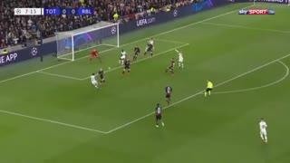 خلاصه بازی حساس و نزدیک تاتنهام 0 - لایپزیش 1 از مرحله حذفی لیگ قهرمانان اروپا