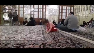 از کودکی روی فرشهای حرم پا گرفتهایم ...