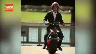 موتورسیکلت الکتریکی که فقط یک چرخ دارد