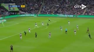 خلاصه بازی جذاب و دیدنی منچسترسیتی 2 - استون ویلا 1 از فینال جام اتحادیه انگلیس
