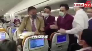اقدام عجیب یک زن برای جلب توجه در هواپیما
