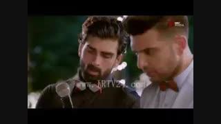 سکانسی ک ریتویک به پالاک اعتراف میکنه ک دوسش داره سریال هندی گرفتار دل