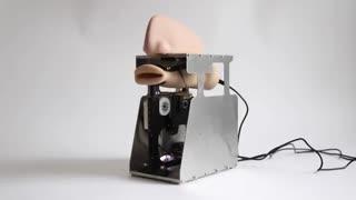 رباتی که دعا می خواند !!! به دعاهای ساخته شده توسط هوش مصنوعی گوش کنید!!!