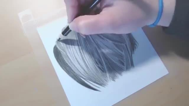 آموزش نقاشی موهای سیاه مشکی با مدادرنگی