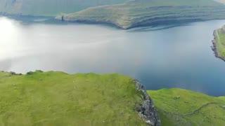 تصاویری زیبا از طبیعت  ایسلند با موسیقی بی کلام